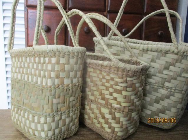 TOBA QOM族がつくるバッグの一つ